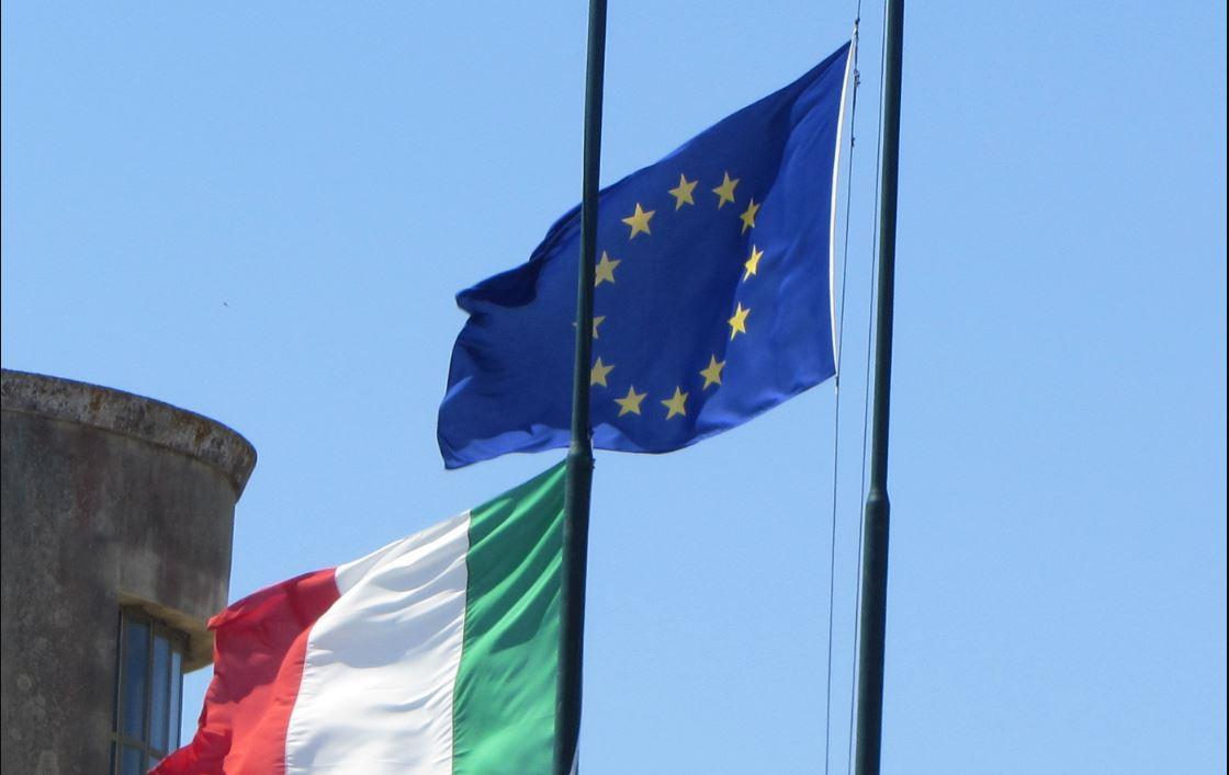 Risultati immagini per IMMAGINE DI ECONOMIA ITALIANA